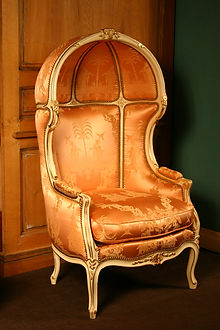 9-a-lavishly-upholstered-chair-with-dome