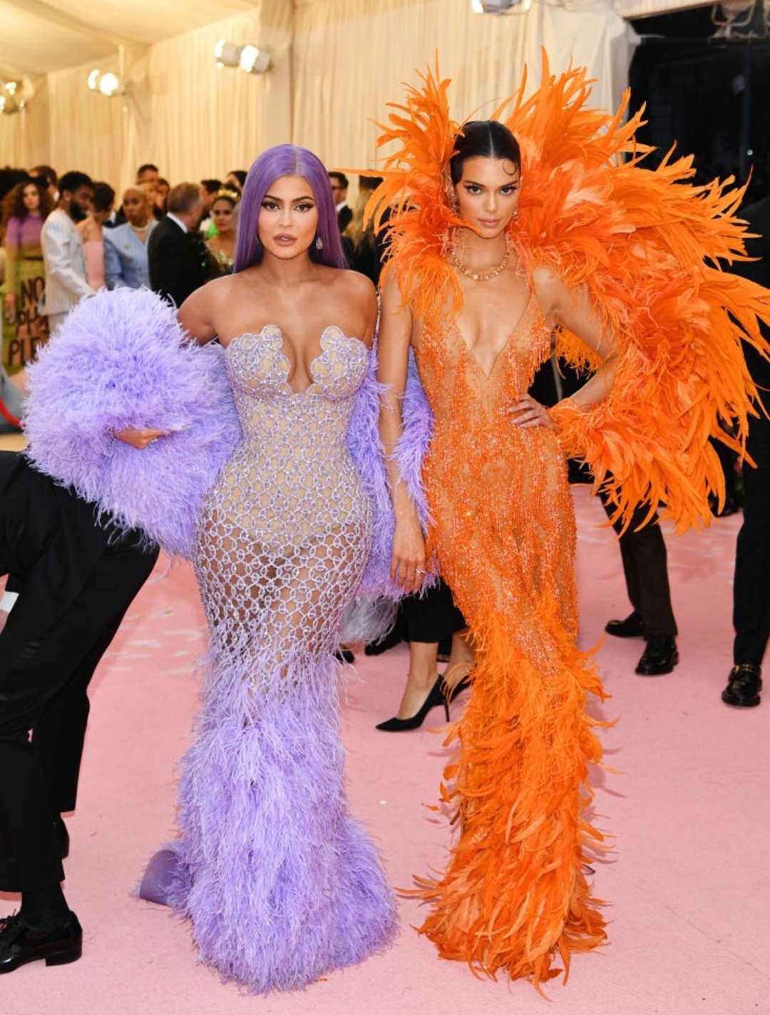kendall and kylie jenner met gala