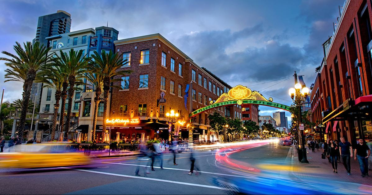 GASLAMP QUARTER DOWNTOWN SAN DIEGO