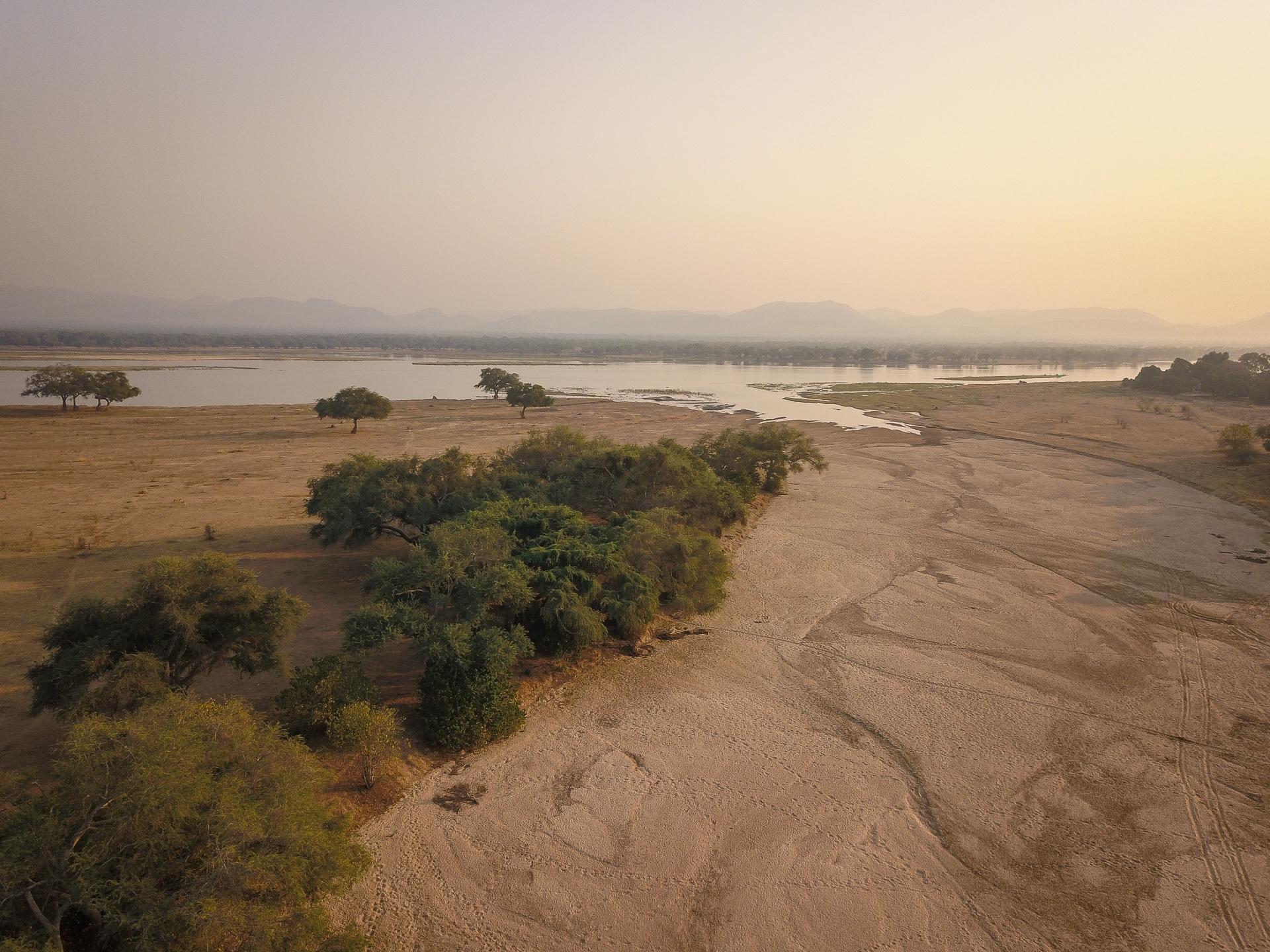 sapi_river_and_zambezi_view1-chikwenya-c