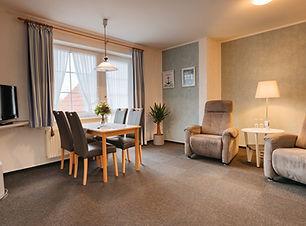 Hotel-Schiffer_Suite_edited.jpg