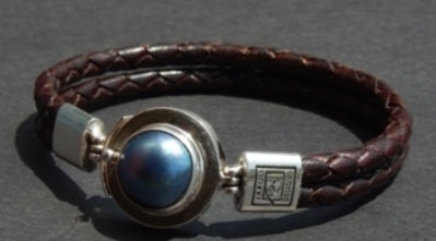 Dark Blue Mabe Pearl set in Sterling Silver