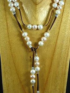 Brown Elegant Lariat with 57 Pink and White Pearls