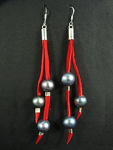 Lace Earrings with 3 Black Fresh Water Pearl