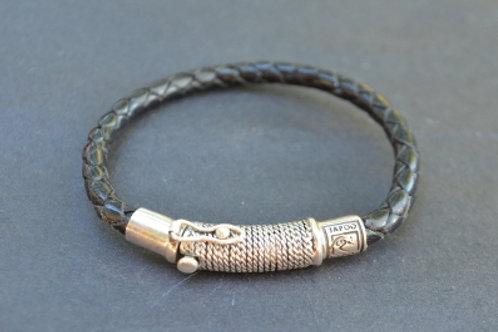 Decorative Sterling Silver Clasp & Lock Bracelet