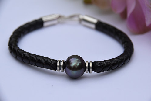 Black Pearl with Sterling Silver Endings