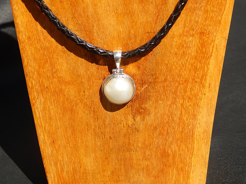 White Mabe Pearl Necklace