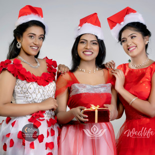 Moviezon -Smruthy College - Christmas 20