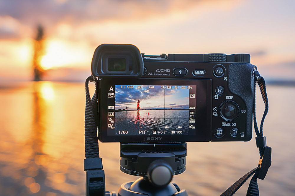 Sony A6000 Review & Why It's Still A Good Buy by Albert Dros