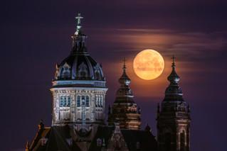 St. Nicolas Church Moonset
