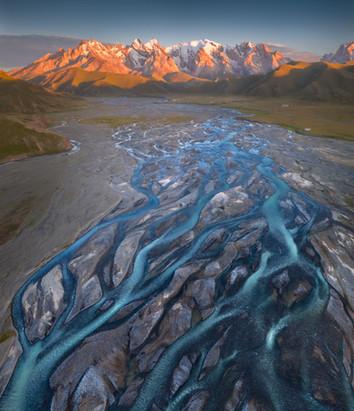 Swirling Rivers