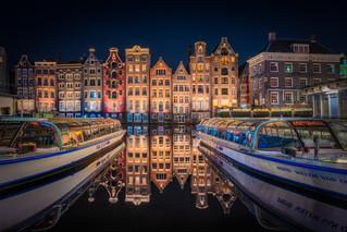 Reflecting Houses