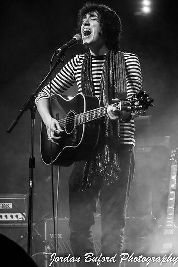 Trent Rush singing at the Curtain Club