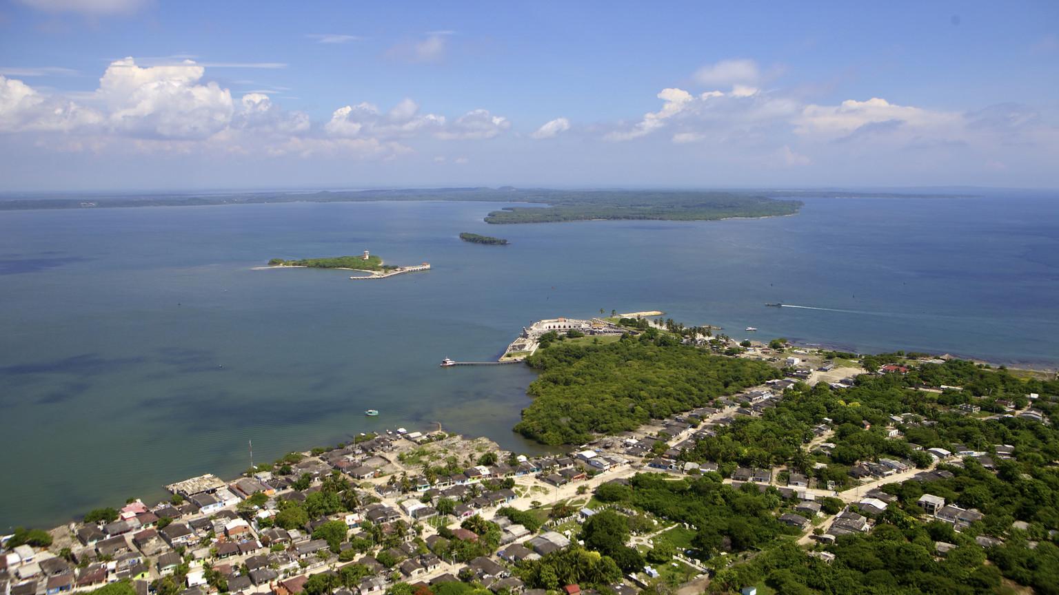 Isla Tierra Bomba