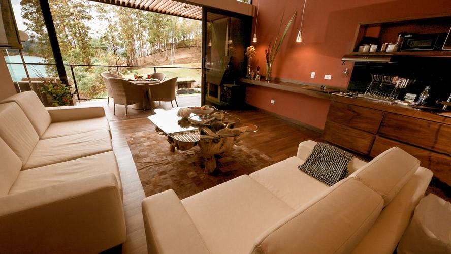 Living_room_Cabaña_type_b_DE_GUATAPE_COL