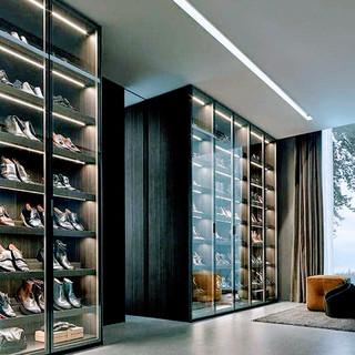 edgy closet2.jpg