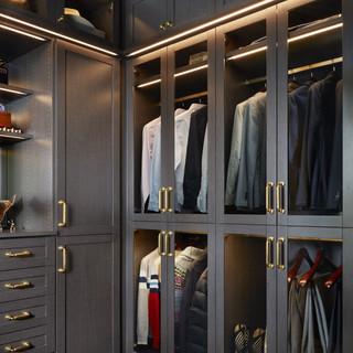 edgy closet4.jpg
