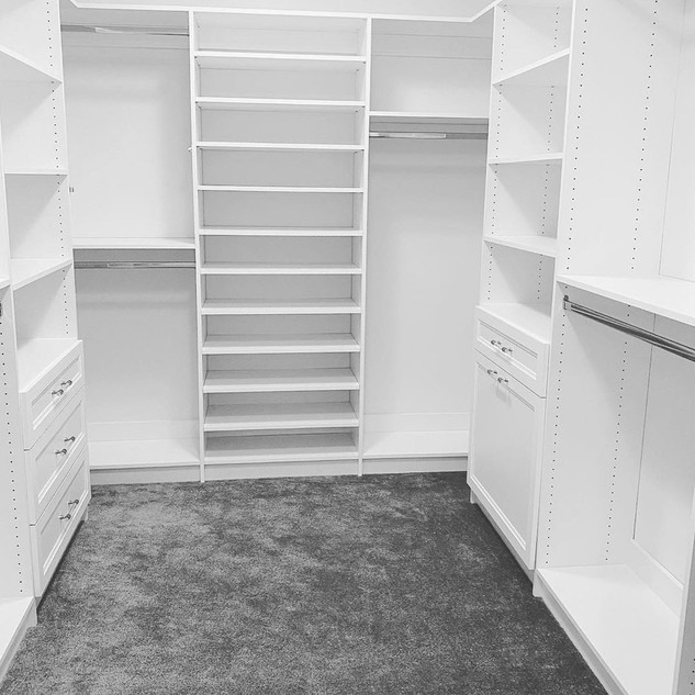 CLASSIC WHITE GRAY CARPET.JPG