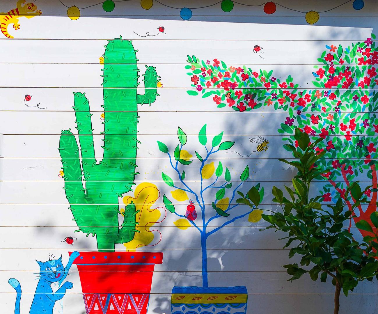 Terrasse fleurie au goût de l'enfance