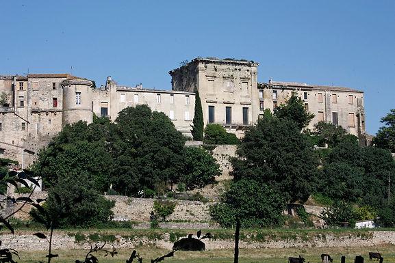 Aubais-Le_château.jpg