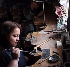 jewellery courses; Jewellery industry training advice ; www.bespokejewellerytraining.co.uk