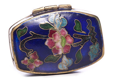 Jewellery Courses: Learn how to make Jewellery; How to be a jewellery designer, www.bespokejewellerytraining.co.uk; Jewellery courses; Cloisonne Enamel Box; Bespokejewellerytraining.co.uk