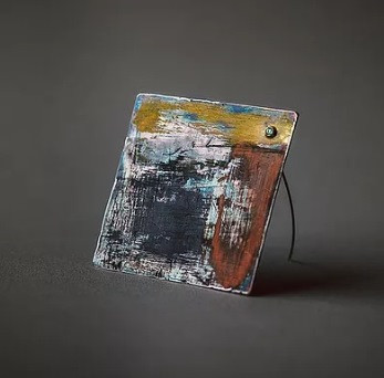 The Shape of Words Jewellery Exhibition: Faint Brooch by Lydia Niziblian