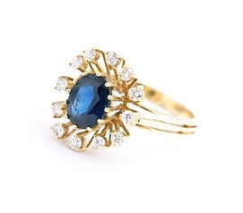 An introductory day about coloured gemstones, including sapphire shown in this ring