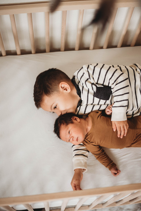 leo.newborns-40.jpg