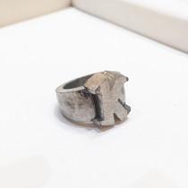 イニシャルの指輪02.jpg