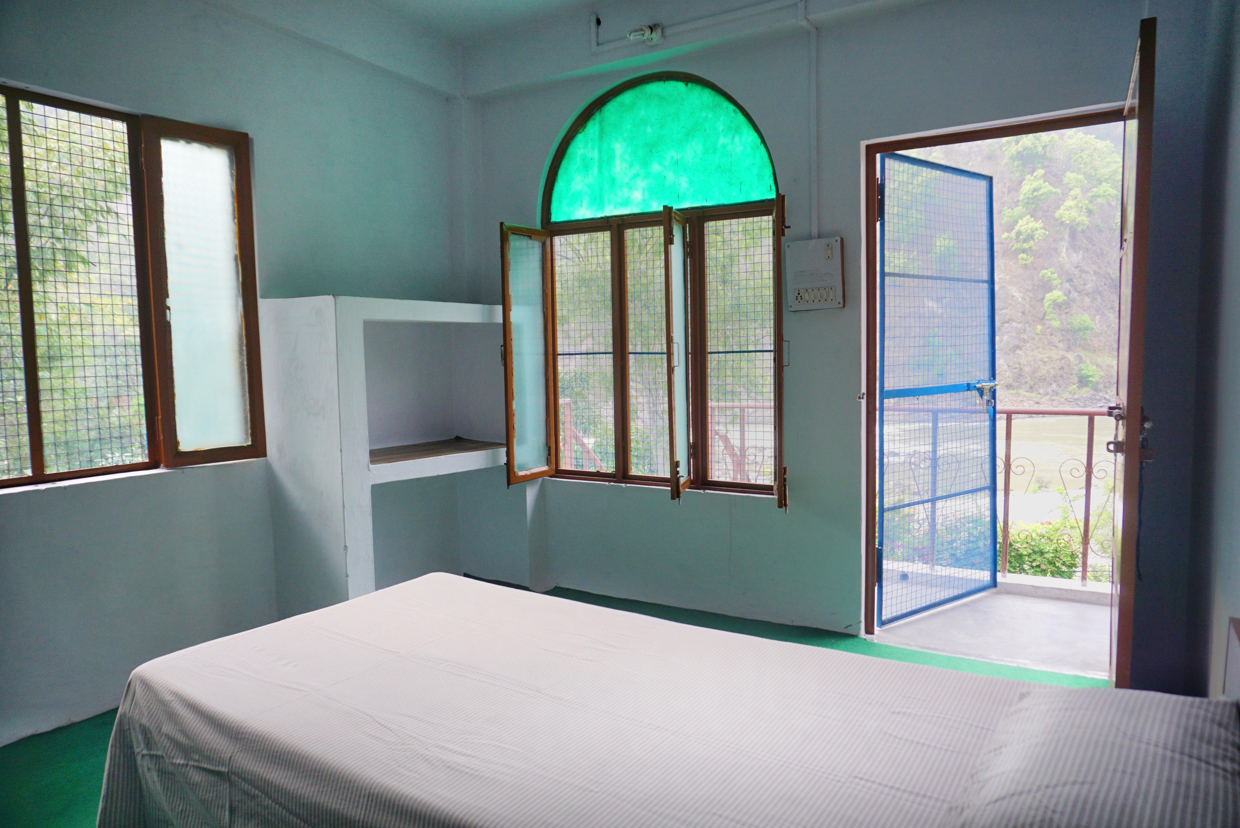 Ganga View Room at Phool Chatti Yoga Ashram in Rishikesh