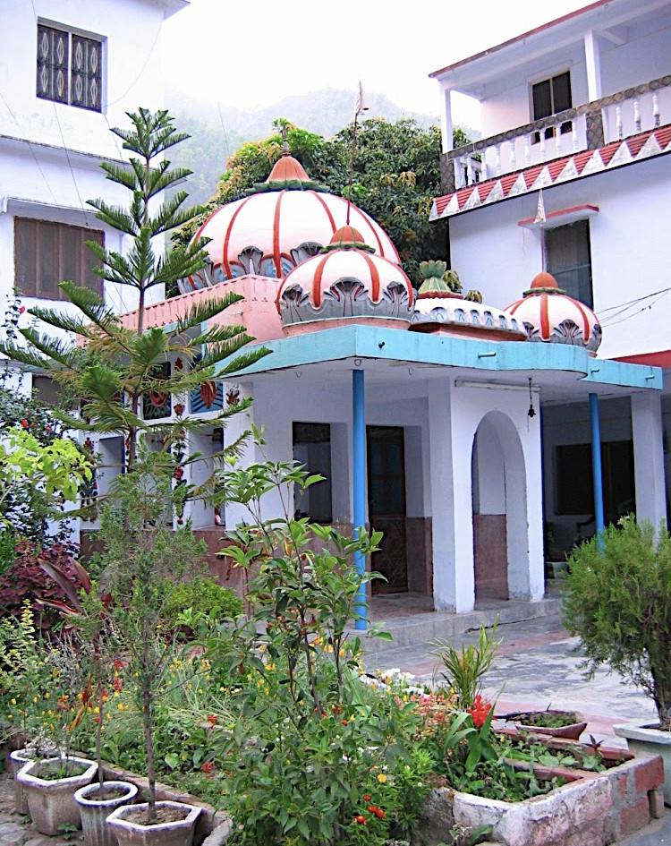 Shiva Temple at Phool Chatti Ashram in Rishikesh, North India.