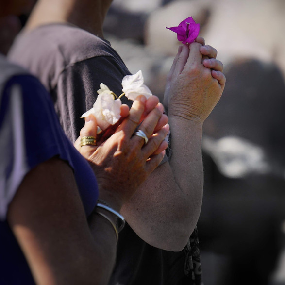 Flowers to Ganga