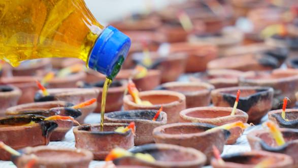 Preparing the diyas for Diwali