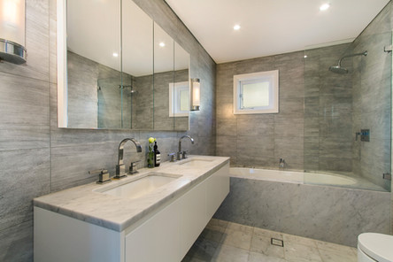 Luxury Granite Bathroom