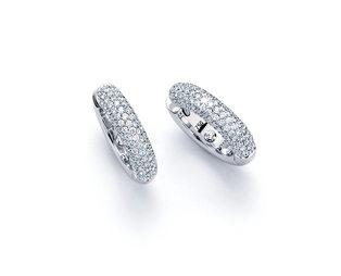 noor-exclusive-30671-000-W8-300dpi.jpg