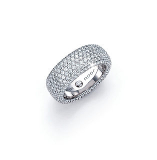 noor-exclusive-30507-000-W8-300dpi.jpg