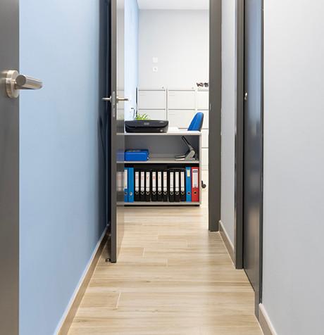 6- fotografía de oficinas villareal.jpg