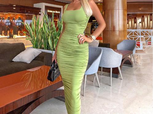 Sleeveless Solid Color Crease Maxi Dress