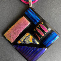 """Marylou Bono 