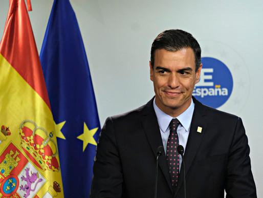 Pedro Sánchez reconoce que no existe división de poderes en España, y Carmen Calvo le secunda