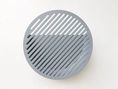 Medium Diagonal Wall Basket
