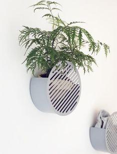 Large Diagonal Wall Basket