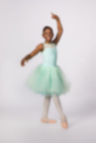 Chcago Ballet Arts dancing ballet children