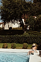 maison-hotes-detente-calme-piscine-chauf