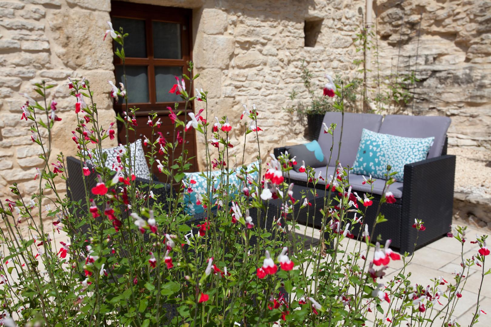 maison-hotes-de-charme-chambre-suite-terrasse-detente-la-roque-gageac-sarlat.jpg