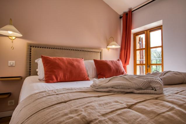 chambre-hotes-chambre-la-discrete-lit-do