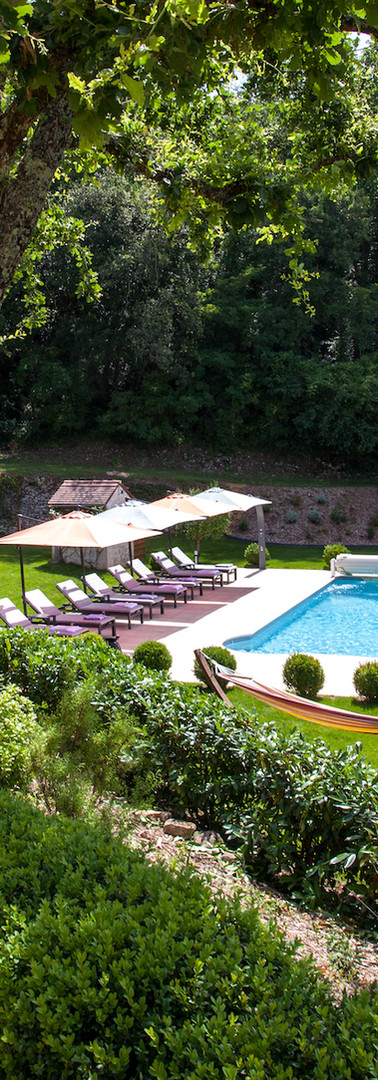 bed-and-breakfast-pool-heated-lounger-Sarlat-la-Roque-gageac.jpg