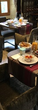 bed-and-breakfast-la-Roque-Gageac-breakfast-homemade-interior-sarlat.jpg