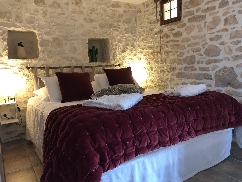 maison-hotes-de-charme-chambre-suite-terrasse-la-roque-gageac-sarlat.jpg